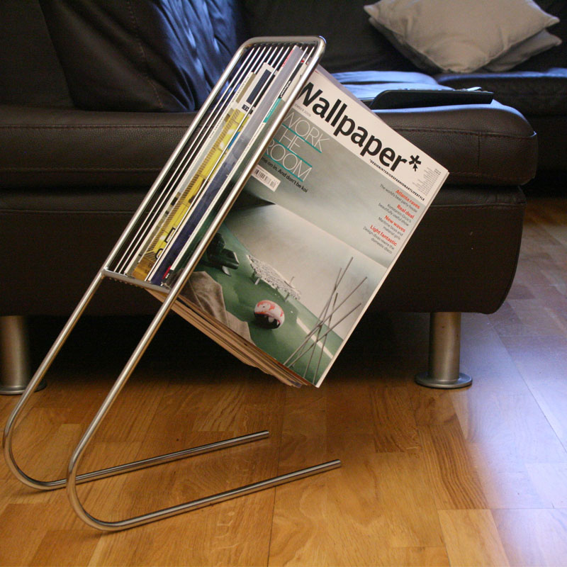 geschenkwichtel zeitschriftenst nder chrom float magazine rack. Black Bedroom Furniture Sets. Home Design Ideas